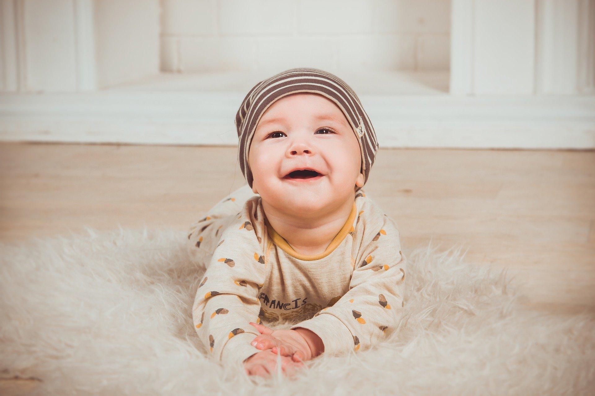 Ein Leitfaden zum Kauf von Babytragen
